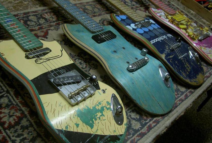 Skate Guitars_05_delood.jpg